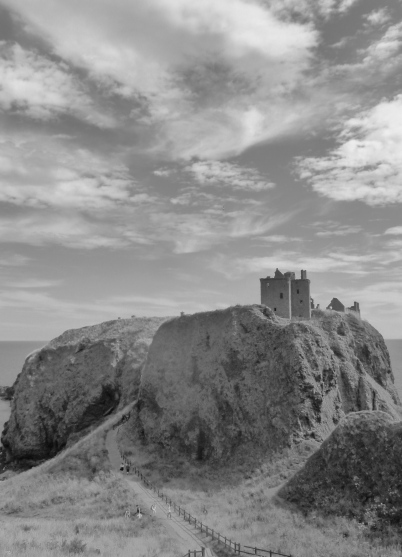 Dunnottar Castle, Stonehaven - Michael Crichton wrote an entertaining novel called Timeline if you fancy reading an time travel adventure back to a medieval period - the novel is much better than the movie